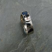14kw With 5x7mm Oval Sapphire Photo