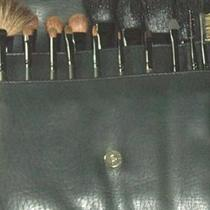 18 Makeup Brush Set Professional Like M.A.C make up artist with leather make up brush belt holder Photo