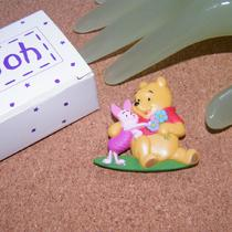 2 Inch Large Pooh and Piglet Pin Disney - Avon Aai Signed Photo