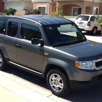 2010 HONDA ELEMENT 4D SPORT UTILITY LX Photo