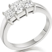 2.35ct Princess Cut Diamond Ring in Platinum Photo