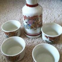 Antique sake set  Photo