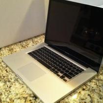 "Apple MacBook Pro 15.4"" Laptop - MC371LL/A (April, 2010) Photo"