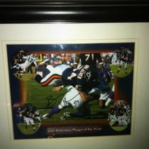 Autographed Brian Urlacher picture Photo