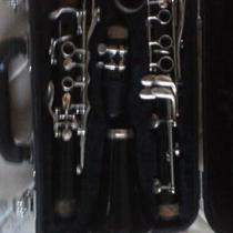B Flat Clarinet (Yamaha) Photo