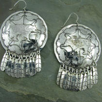Bear Sheild Earrings Photo