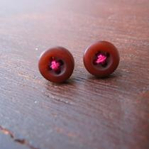 Brownish Red Button/hot Pink Thread Earrings Photo
