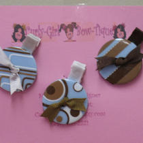 Chunky Button Hair Clips Photo