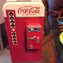 """COCA COLA"" VINTAGE COKE MACHINE Photo"