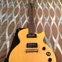 Epiphone electric guitar Photo