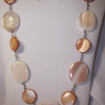 Exotic Natural Color Shell Necklace Set - Free Shipping Photo