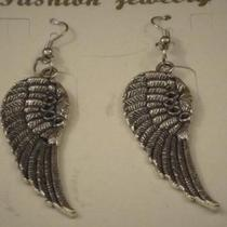 FASHION EARRINGS  Photo