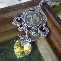 Fleur De Lis - Filigree and Swarovski Crystal Necklace Photo