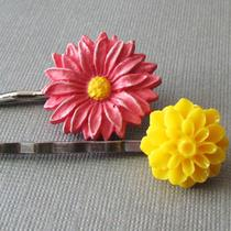 Flower Duo Hair Pins Photo
