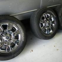 Ford F-150 Factory Tires/Rims  Photo