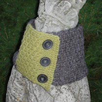 Grey/light Olive Neck Warmer Photo