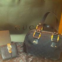 Gucci Purse and Wallet Photo