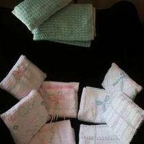 Hand made baby blankets with pillow set Photo