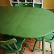 Happy GREEN Table and Chairs Photo