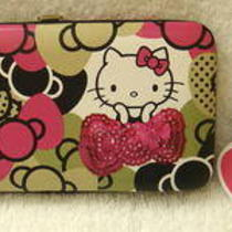 Hello Kitty Bow Wallet Photo
