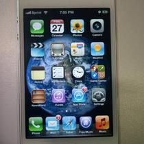 iPhone 4S White Sprint (JailBroken) Photo