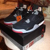 Jordan Retro 4&amp039s Bred Size 8.5 Photo
