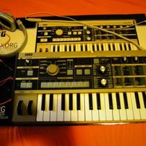 Korg Microkorg with Beats Photo