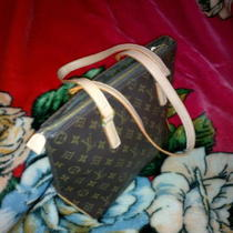 Louis Vuitton Purse Wtt for Iphone or Ipod Touch  or Wts Photo