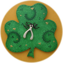 Make a Wish Irish Pin (Hand Painted Wood) Photo