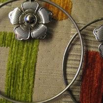Metal Petal Power Earrings Photo