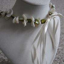 Mother of Pearl Chips and Green Shell Ribbon Necklace Photo