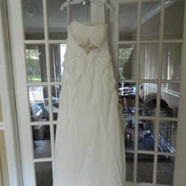 New Wedding Dress-Size 12 Photo