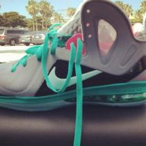 Nike Lebron Elites South Beach sz 9 Photo