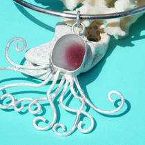 Octo Bling Genuine Sea Glass Octopus Pendant Photo