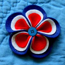 Patriotic Red White and Blue Felt Botton Flower Hair Clip Photo