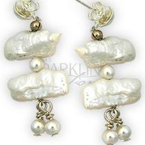 Pearl Earrings Photo