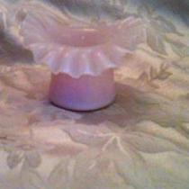pink ruffle top hat Photo
