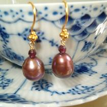 Plum Pearls and Garnet Earrings 24k Gold Filled Photo