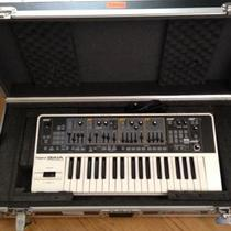 Roland GAIA SH-01 Synth Photo