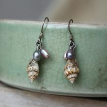 Shell Earring - Seaside Find Shell Pearl Earring Photo