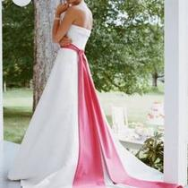 Size 12 Wedding Dress Photo