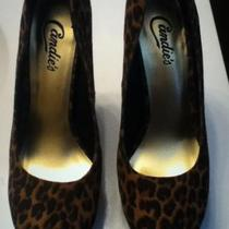 Size 8 leopard heels  Photo