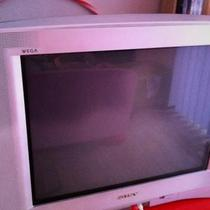 SONY FLAT SCREEN TV Photo