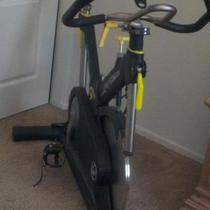 Spinning Bike Life Fitness Photo