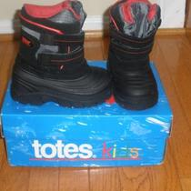 Totes Kids Snow Boots Photo