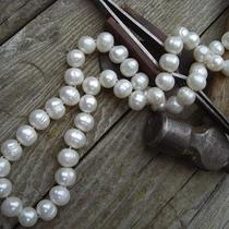Vintage Large Pearl Necklace With 14kt. Catch Photo