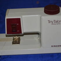 Vintage Singger Mending Machine Made in France Photo