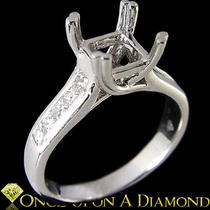 White Gold 0.38ctw Round/princess Diamond Semi Mount Engagement Ring Photo