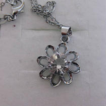 Zircon 10kt White Gold Plated Necklace Photo